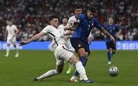 Třicetiminutový poločas a pět minut mimo hřiště za žlutou kartu. FIFA zvažuje nová fotbalová pravidla