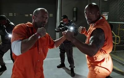 Trojminútový trailer pre Fast 8 sa nesie v znamení zrady, výbuchov a nečakaného spojenectva