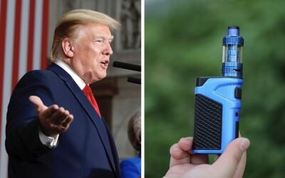 Trump chce zakázať e-cigarety s príchuťami, pretože lákajú deti a mladých na fajčenie