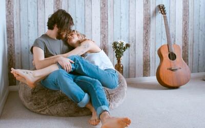 Túžiš mať sex ako z vášnivej filmovej scény? Realita však býva často úplne iná