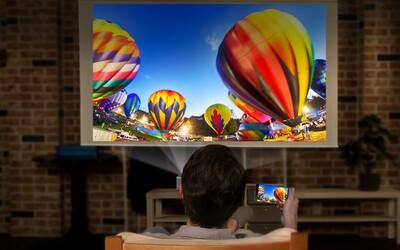 Túžite po 80-palcovom prenosnom televízore? Nenápadný projektor od LG vám ju zostrojí kdekoľvek