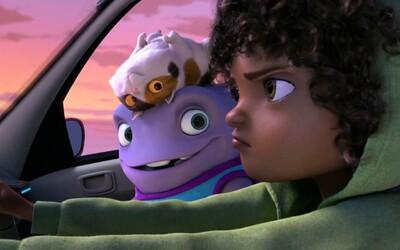 Tvorcovia Krúdovcov vyslali zábavný trailer pre mimozemský animák - Konečne doma