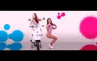 Twiinsky vystavujú svoje pôvabné postavy vo farebnom videoklipe. Na spolupráci sa objavuje hviezdny Sean Paul