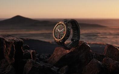 Tyto chytré vojenské hodinky zvládnou zvládnou extrémní teploty od -40°C do 70 °C a vydrží nabité 18 dní