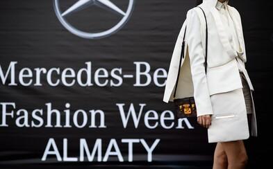 Týždeň módy v najväčšom meste Kazachstanu prilákal do ulíc veľké množstvo dobre oblečených ľudí