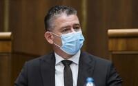 U ministra vnútra Mikulca zasahovala polícia. V dome sa mu spustil falošný alarm