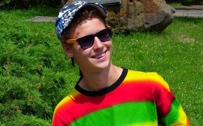 U mladíka Roba našli policajti dvakrát marihuanové cigarety. Súd mu naparil 12,5 roka za mrežami