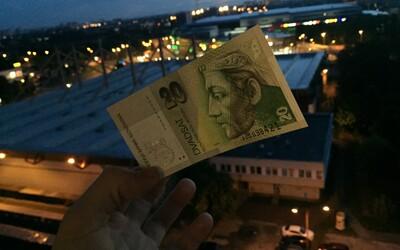 Ubehlo niekoľko rokov, odkedy sme naposledy platili korunami. Pamätáš si ešte všetkých sedem starých bankoviek?