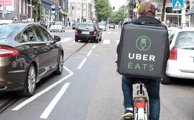Uber začne v Praze rozvážet jídlo. Přidá se ke dvoustovce měst po celém světě, kde už služba funguje