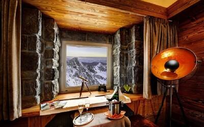 Ubytovanie na Lomnickom štíte patrí medzi najkrajšie v Európe. Nároční experti ocenili úžasný výhľad na Tatry a upokojujúce ticho