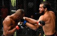 UFC se vrací do plných arén! 15 000 diváků si už v dubnu v hale užije hned 3 titulové bitvy