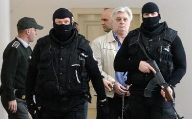 Ukradli 173 miliónov slovenských korún. Po ich krku išla aj mafia