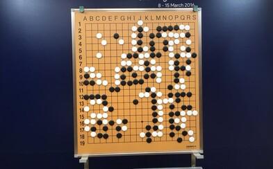 Umelá inteligencia porazila svetového šampióna v legendárnej čínskej hre. Stoja za ňou vedci z Google