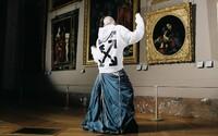 Umelecké diela prenesené do spoločnej kolekcie múzea v Louvre a Off-White