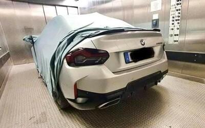 Únik odhalil divné tvary nového BMW 2 kupé. Zachová si ale zadní pohon