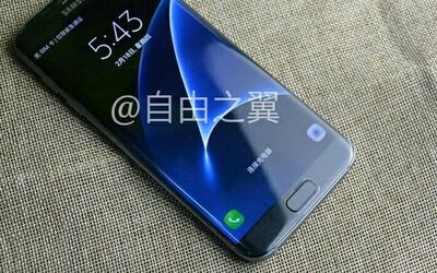Únik odhaľuje Samsung Galaxy S7 edge so zapnutým displejom. Dizajn prešiel iba malými zmenami