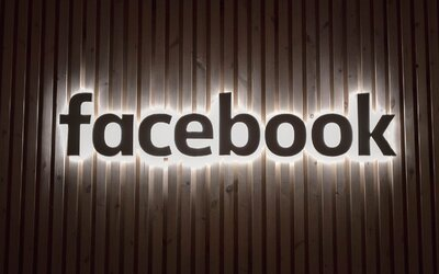 Unikla data o 29 000 zaměstnancích Facebooku. Pracovník vynesl nezašifrovaný harddisk