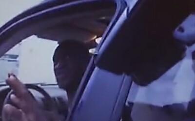 Uniklo celé video ze zatčení a vraždy George Floyda. Asi tu takhle zemřu, říkal z posledních sil