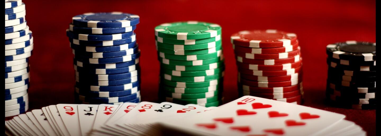 Univerzita Karlova a ČVUT spolupracovaly na vývoji softwaru, který dokáže porazit profesionální hráče pokeru