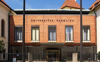 Univerzita Karlova je čtvrtou nejlepší univerzitou 13 nejnovějších států EU. Úspěšné jsou i další české univerzity
