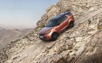 Úplne nový Land Rover Discovery odvezie luxusne až 7-člennú posádku, a to aj v náročnom teréne!