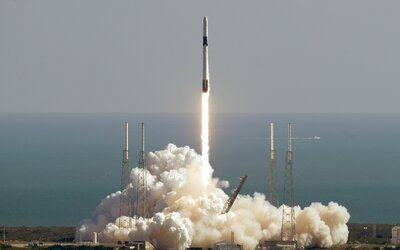 """USA chtějí vytvořit vesmírné síly, Moskva je obvinila z """"militarizace vesmíru"""""""