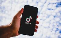 USA chtějí zakázat TikTok. Prý špehuje pro čínskou vládu, proto nyní odchází i z Hongkongu