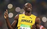 Usain Bolt vyhráva aj v šprinte na 200 metrov a obhajuje tak ďalšiu zlatú medailu!