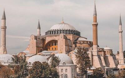 Ústavný súd v Turecku nariadil zrušiť blokovanie Wikipédie