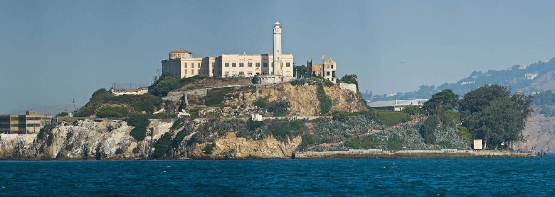 Útek z Alcatrazu: Jedni z najhľadanejších väzňov na svete sa vraj neutopili, ale žili celé roky. Záhadný list prezradil, čo sa naozaj stalo
