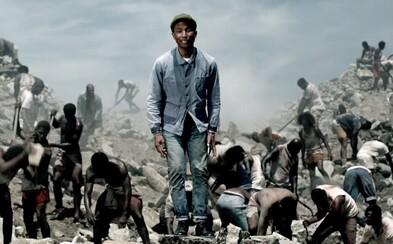Utláčaní ľudia po celom svete nachádzajú vo Pharrellovom videu vytúženú slobodu