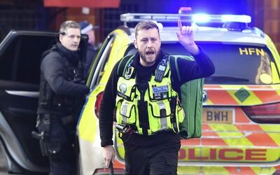 Útok na londýnsky most London Bridge bol teroristickým činom, polícia oznámila, že útočníka zastrelili