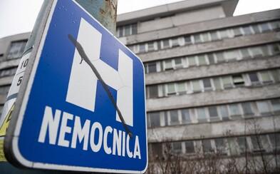 Uvoľňujú opatrenia v slovenských nemocniciach: Títo pacienti budú môcť prijať návštevy
