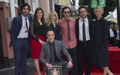 Už i Sheldon z Teorie velkého třesku má svoji hvězdu na hollywoodském chodníku slávy