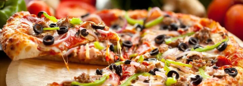 Už nikdy bez jedla. Facebook predstavil funkciu, pomocou ktorej si objednáš jedlo priamo k sebe domov
