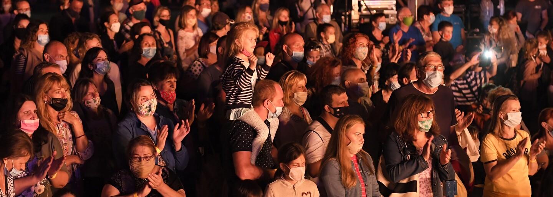 Už v úterý proběhne v Česku první velký koncert až pro 2 500 lidí