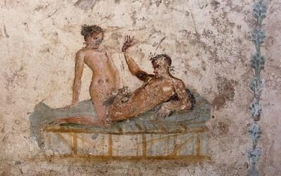 Už ve zničených Pompejích se lidé oddávali odvážným sexuálním hrátkám. Prohlédni si 1900 let staré nákresy