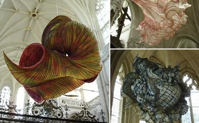 Úžasné lietajúce sochy z papiera od Petra Gentenaara