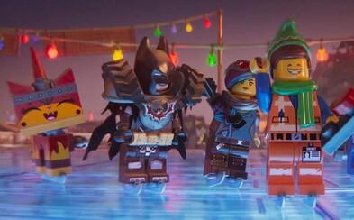 Uži si sviatky s Lego Movie 2 v zábavnom vianočnom kraťase a zasmej sa na Batmanových hláškach