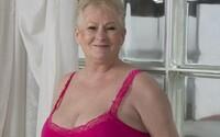 V 69 letech je hvězdou OnlyFans. Tělo jí prý závidí i mnohem mladší ženy