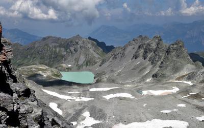 """V Alpách sa konal """"pohreb"""" švajčiarskeho ľadovca, ktorý sa roztopil vplyvom globálneho otepľovania"""