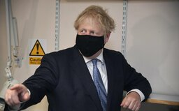 V Anglicku budú porušenie opatrení trestať pokutou do výšky 11 000 €