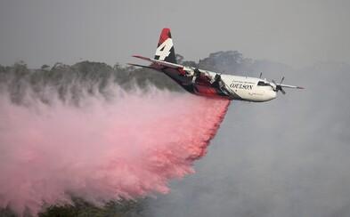 V Austrálii se zřítilo hasičské letadlo, o život přišli tři lidé. Úřady připisují nehodu aktuálním požárům