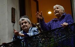 V Banskobystrickom kraji si môžu seniori objednať nákup cez telefón, domov ho prinesú dobrovoľníci