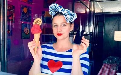 V Bratislave nájdeš alkoholickú zmrzlinu, na ktorú si pýtajú občiansky. V ponuke majú Borovičku aj Gin Tonic