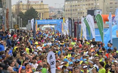 V Bratislave polícia uzatvára ulice. Začína sa ČSOB Bratislava marathon 2021