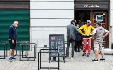 V Bratislave sa ľudia z uvoľnených opatrení nezbláznili. Takto vyzeralo mesto v priebehu dňa