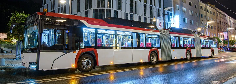 V Bratislave sa testuje až 24-metrový trolejbus s kapacitou vyše 200 cestujúcich