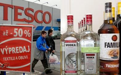 V Bratislave si už po polnoci potraviny ani alkohol v hypermarketoch nekúpiš