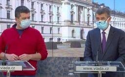 V Česku je 396 potvrzených případů koronaviru. Zakazuje se reexport a přeprodej léků z České republiky do zahraničí